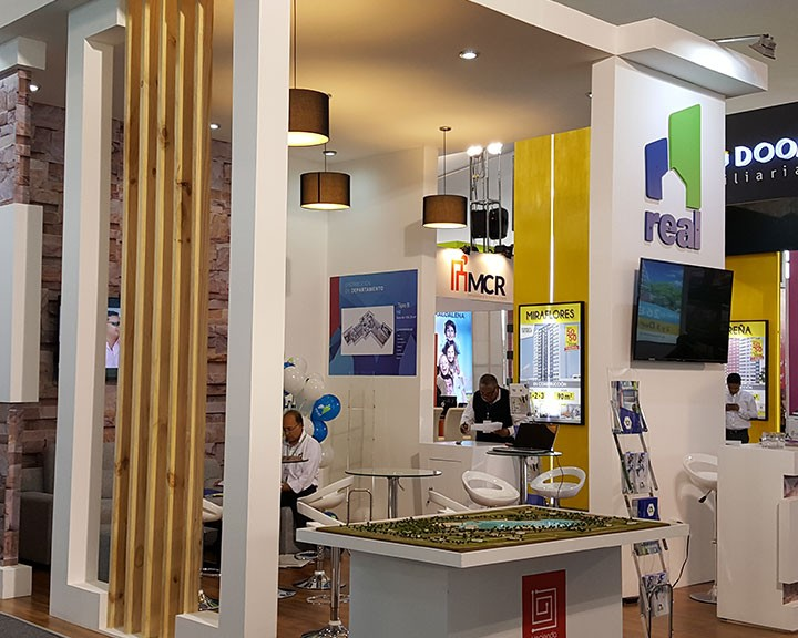 stand en mdf- real inmobiliaria
